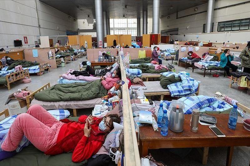 China: Coronavirus death toll hits 2,444