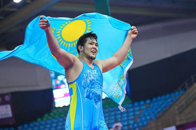 自由式摔跤:哈萨克斯坦选手成为亚洲冠军