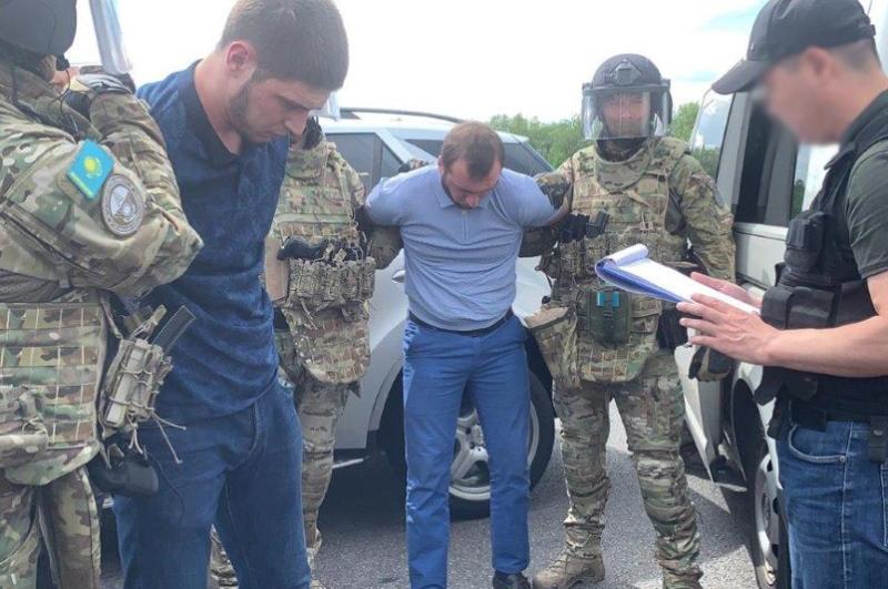Незаконный оборот оружия: 10 человек осудили в Алматы