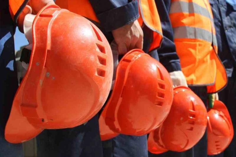 哈萨克斯坦有1.9万余外籍劳务人员