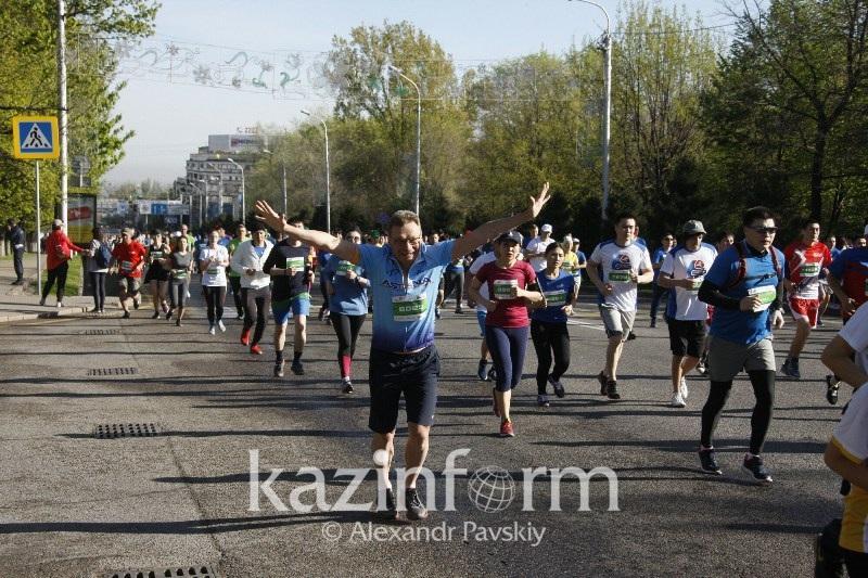 哈萨克斯坦有570万人口积极参与系统性体育健身活动
