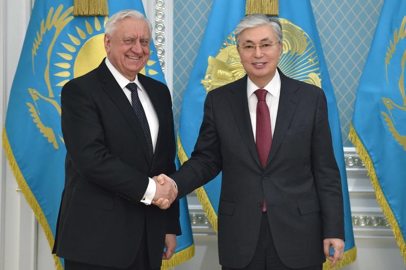 Касым-Жомарт Токаев принял председателя Коллегии ЕЭК Михаила Мясниковича