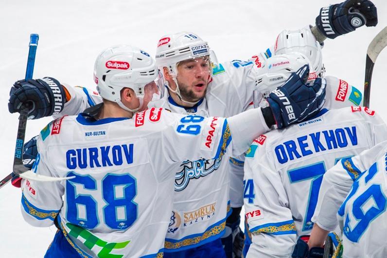 «Барыс» забросил три шайбы за две минуты и победил «Адмирал» в КХЛ