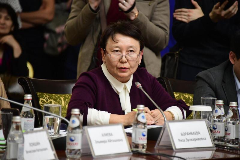 Эксперты Алматы поддерживают инициативу Минздрава РК об обязательной вакцинации