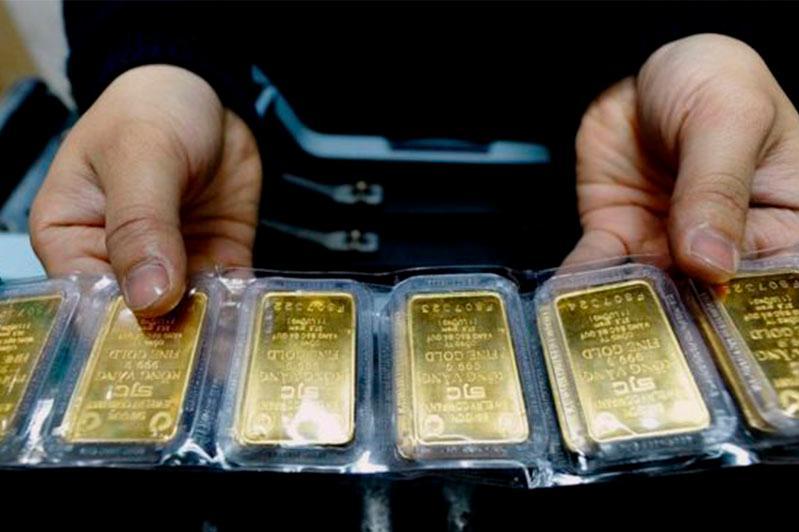 Цена на золото достигла максимума за последние семь лет