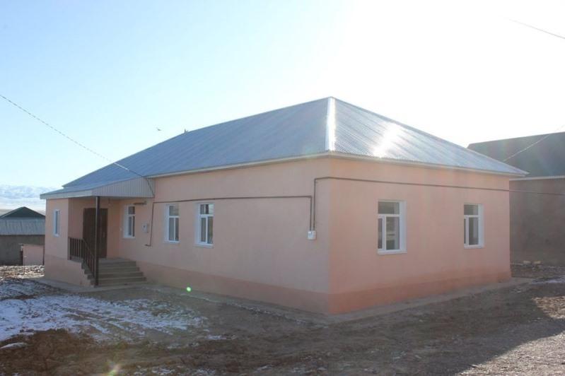 Казыгуртский предприниматель построил дом матери-одиночке
