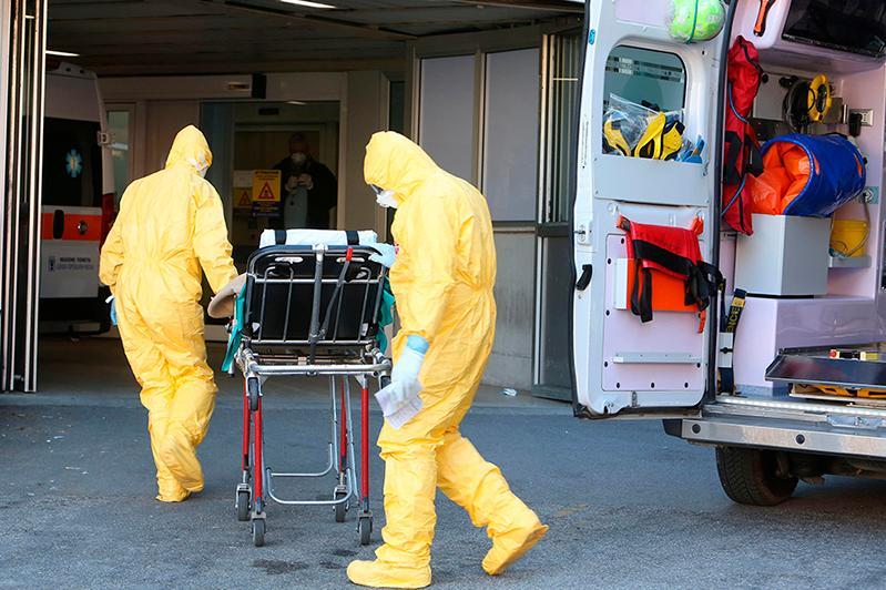 Шесть человек умерли от коронавируса в Италии