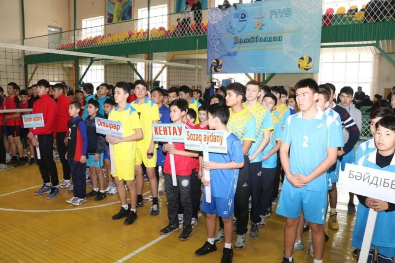 Түркістанда волейболдан облыстық чемпионат өтті