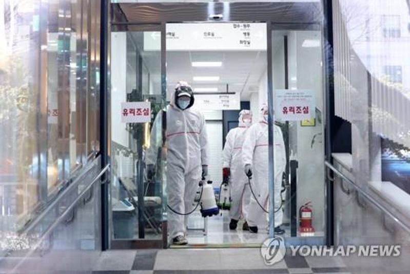 За сутки число заразившихся коронавирусом в Южной Корее увеличилось на 60 человек