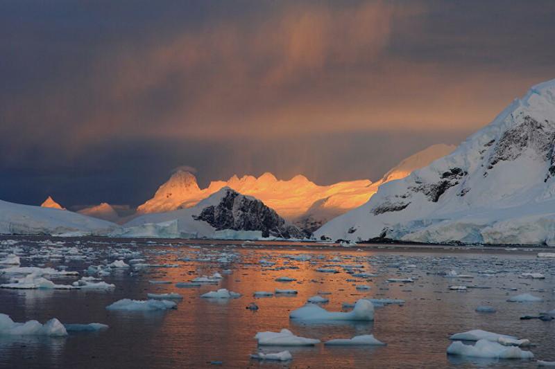 Антарктидада қардың еруі күшейіп барады