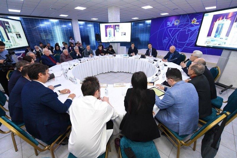 Бакытжан Сагинтаевс экспертами и активистами обсудил архитектуру Алматы