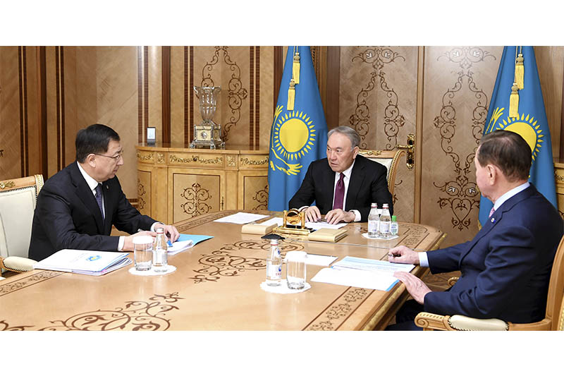 Nazarbayev gives instructions to Deputy Chairman of People's Assembly of Kazakhstan