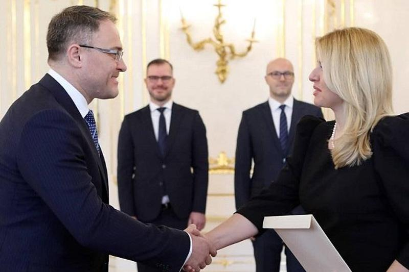 Ambassador of Kazakhstan presents credentials to President of Slovakia