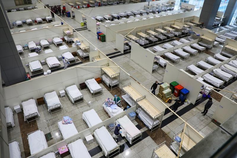 Число погибших от коронавируса в Китае достигло 2715