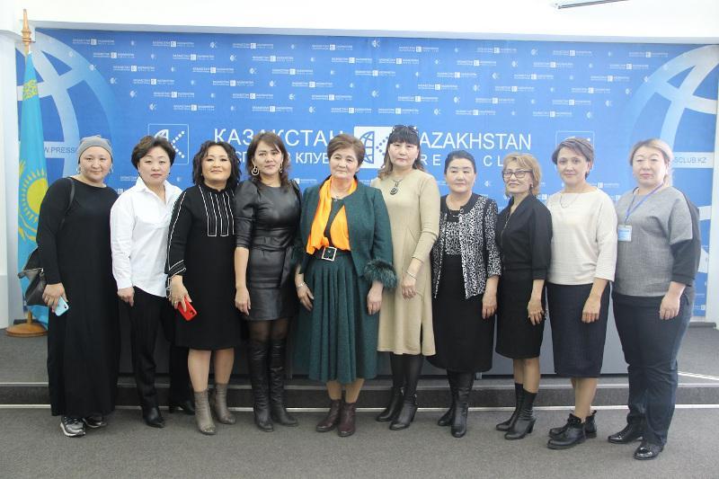 Как центр «Бақытты отбасы» помог незрячей матери-одиночке в Алматы