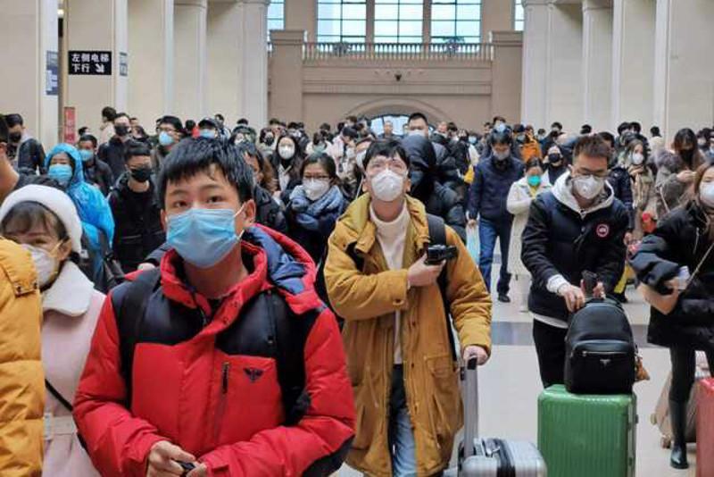 Алматинцам рекомендуют не посещать многолюдные места из-за коронавируса и гриппа