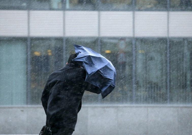 О надвигающемся шторме предупредили жителей Атырауской области