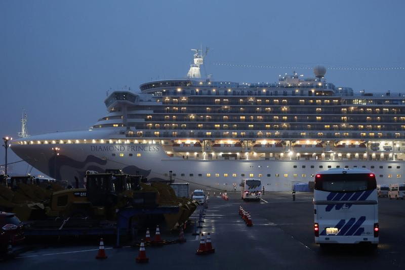 Diamond Princess круиздік лайнеріндегі үш ресейліктен коронавирус анықталды