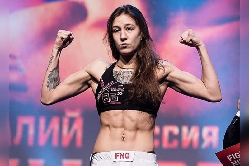 Казахстанская девушка-боецподписала контракт с UFC