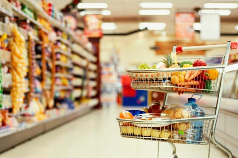 Лучшие полки в супермаркетах отдают импортной продукции – аким СКО