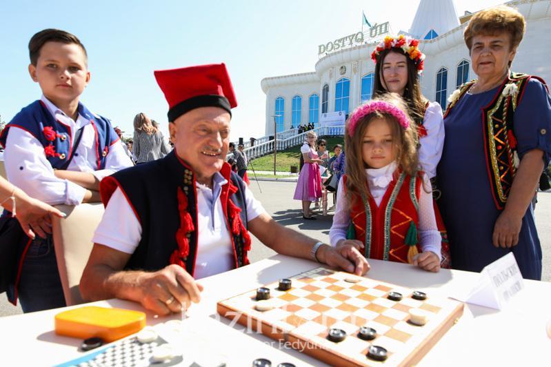 Маулен Ашимбаев: Многоэтничность - наше преимущество