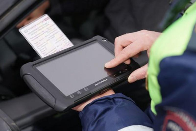 Қызметтік планшеттердің ломбардқа өткізілуі: Шымкент полициясы түсінік берді