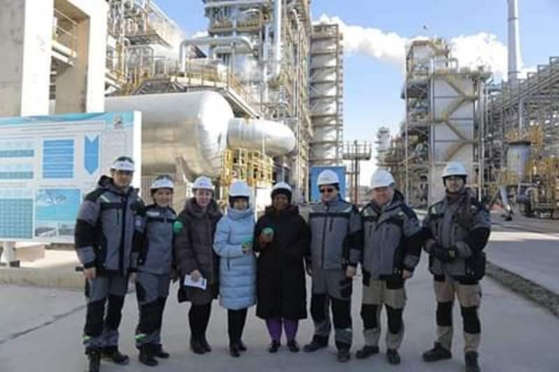 Оңтүстік Африка елшісі Атырау мұнай өңдеу зауытының жұмысымен танысты