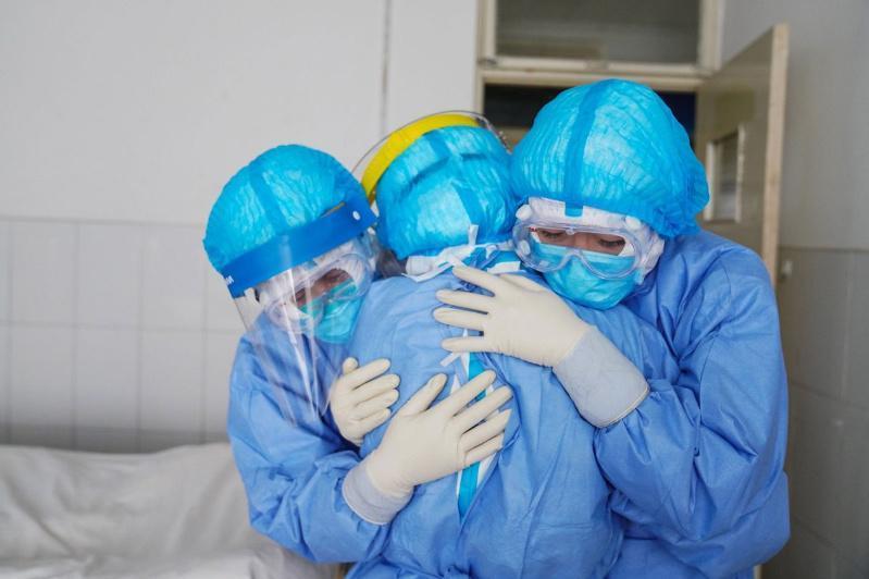 Более 36 тысяч человек вылечили от коронавируса в Китае