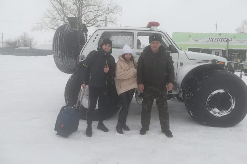 Ақмола облысында жолда қалған 49 адам құтқарылды