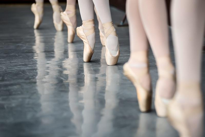 Воспитанники Казахской национальной академии хореографии выступят в Алматы