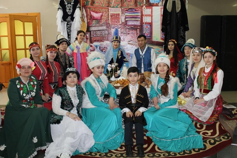 Богатейшую культуру народа Казахстана представили на празднике ко Дню благодарности в СКО