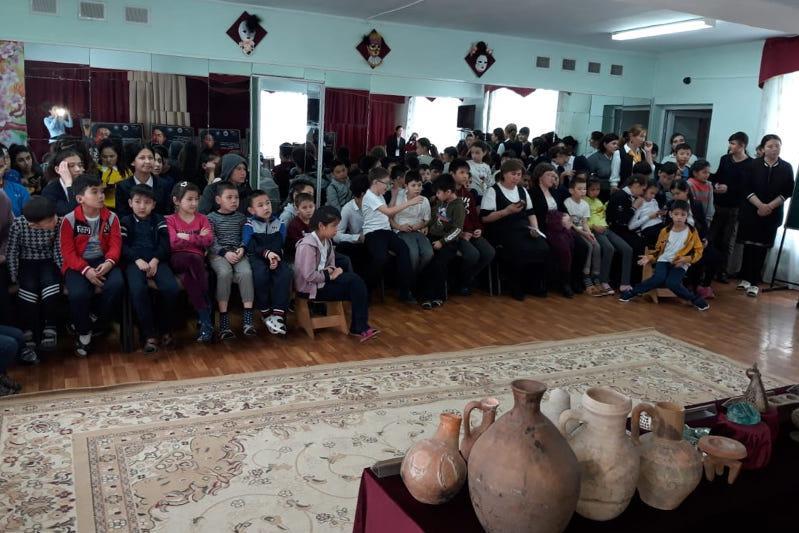 «Жемчужины древнего города» привез таразский музей детям с ограниченными возможностями