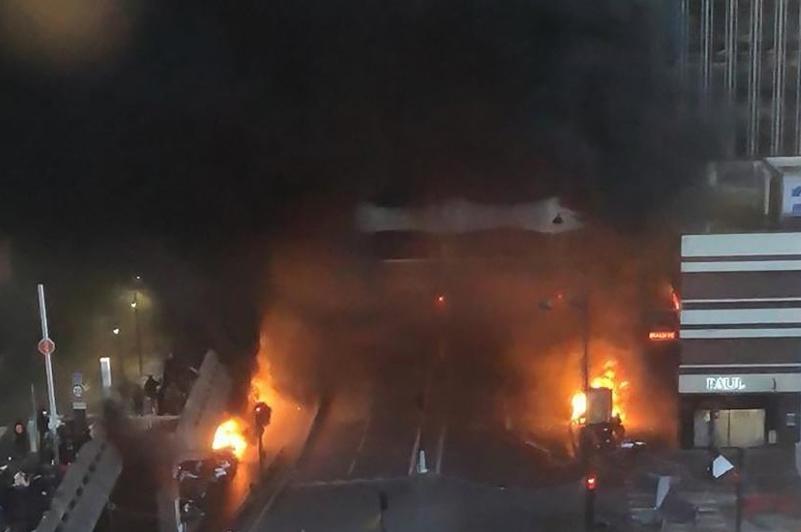 Пожар возле Лионского вокзала в Париже нарушил движение поездов