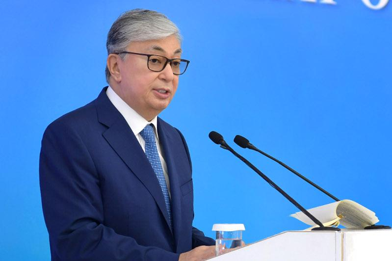 Kazakh destined to become a language of inter-ethnic communication, President