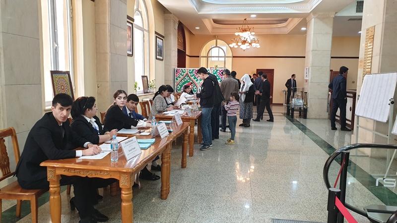 В Таджикистане завершилось голосование на выборах в нижнюю палату парламента