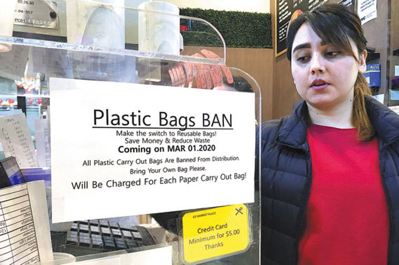 New York sends plastic bags packing
