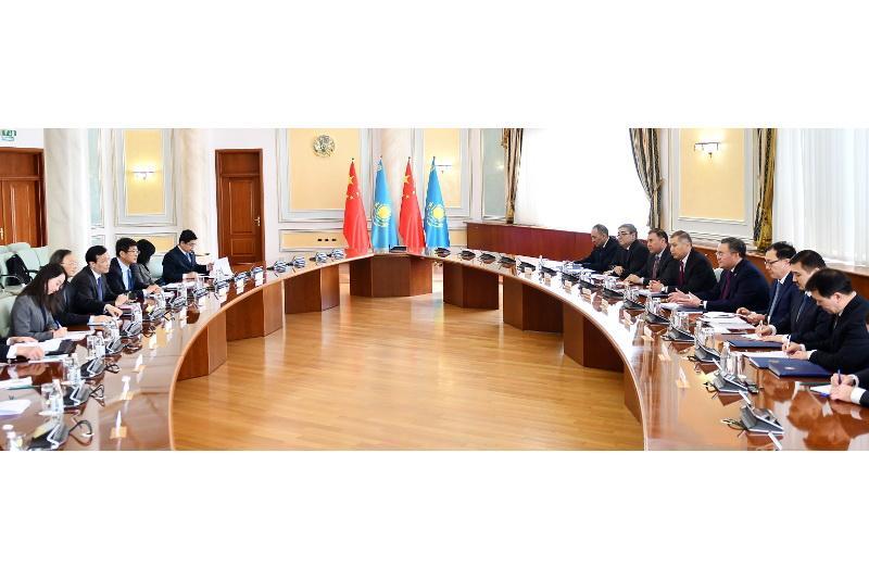 В МИД РК состоялась встреча с членом Политбюро ЦК Компартии Китая
