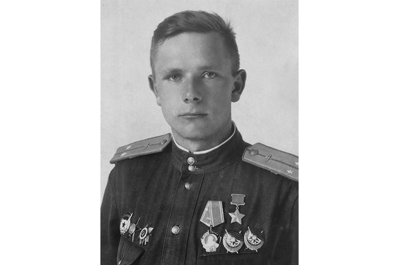 66 ДНЕЙ ДО ПОБЕДЫ: последнее боевое задание Героя-казахстанца Гулькина