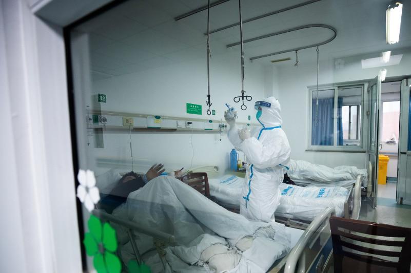 Шыңжаңда коронавирусқа шалдыққан соңғы науқас ауруханадан шықты