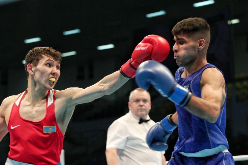 Восьмая лицензия: Серик Темиржанов досрочно победил в ¼ турнира по боксу в Аммане