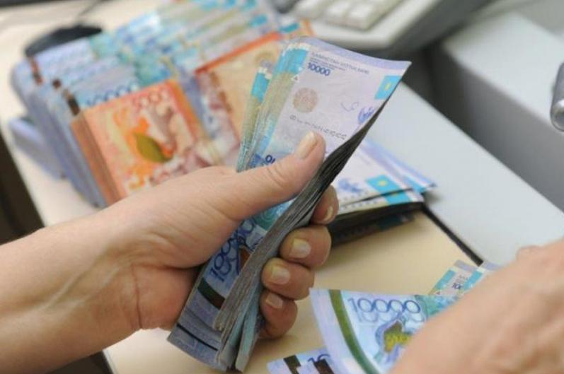 На предложение перевести пенсионные накопления в иностранную валюту ответил Руслан Даленов