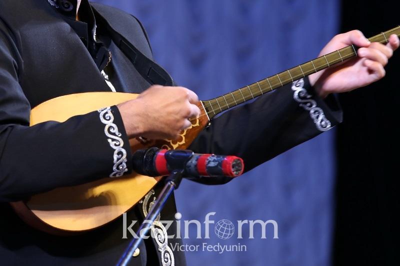塞梅市今年将举办阿拜诞辰175周年国际阿肯弹唱大会