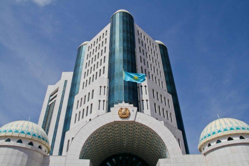 Официальное опровержение пресс-службы Сената видеообращения представителя фонда «Қорғау HR» Защита прав человека»