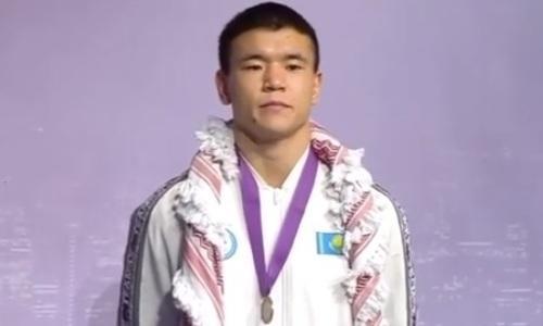 Казахстанцы завоевали восемь медалей на турнире по боксу в Аммане