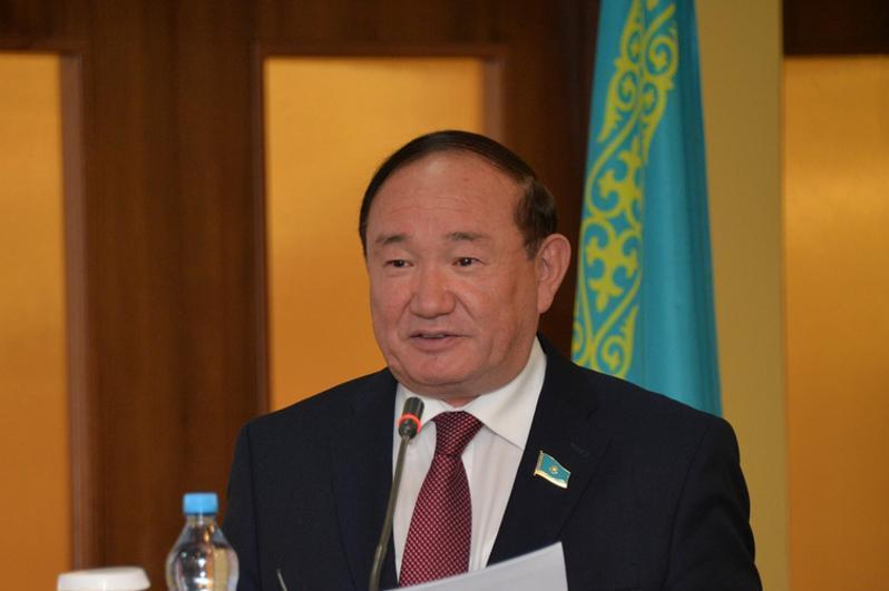 Али Бектаев: Человек труда должен иметь в обществе все преимущества