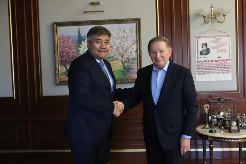 В Киеве состоялась встреча Посла Казахстана с экс-Президентом Украины