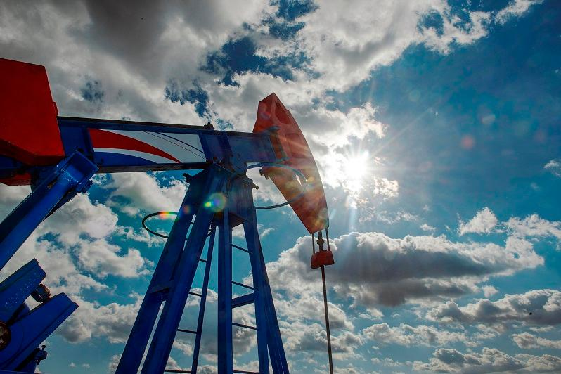Цена на нефть марки Brent упала ниже 32 долларов США