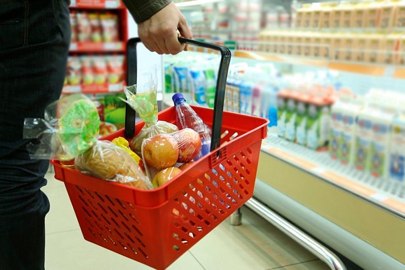 Алматинцев призвали не скупать массово продукты питания