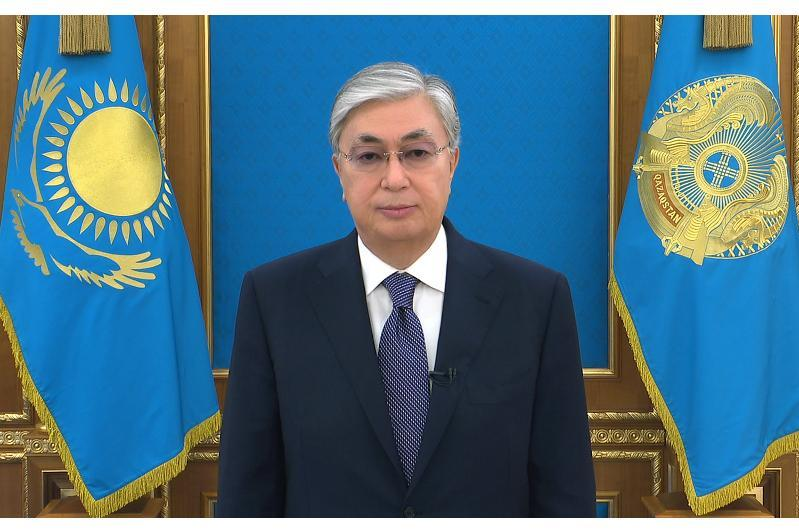 Kazakhstan's int'l reserves reach about $90 bln, President
