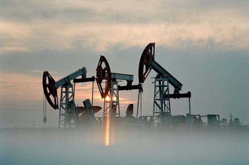 Цена на нефть марки Brent упала на 10%
